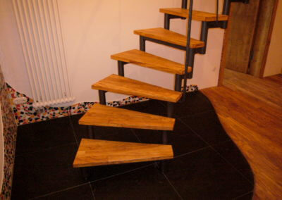 Treppe V15 Der Auffällige Und Langlebige Olivenholzparkett Venato Extra Natura Semivenato