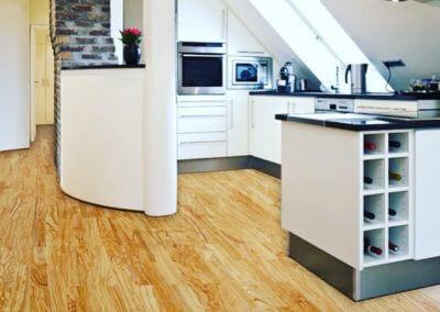 Moderne Küche Auf Olivenholz Parkett V15 Venato Extra